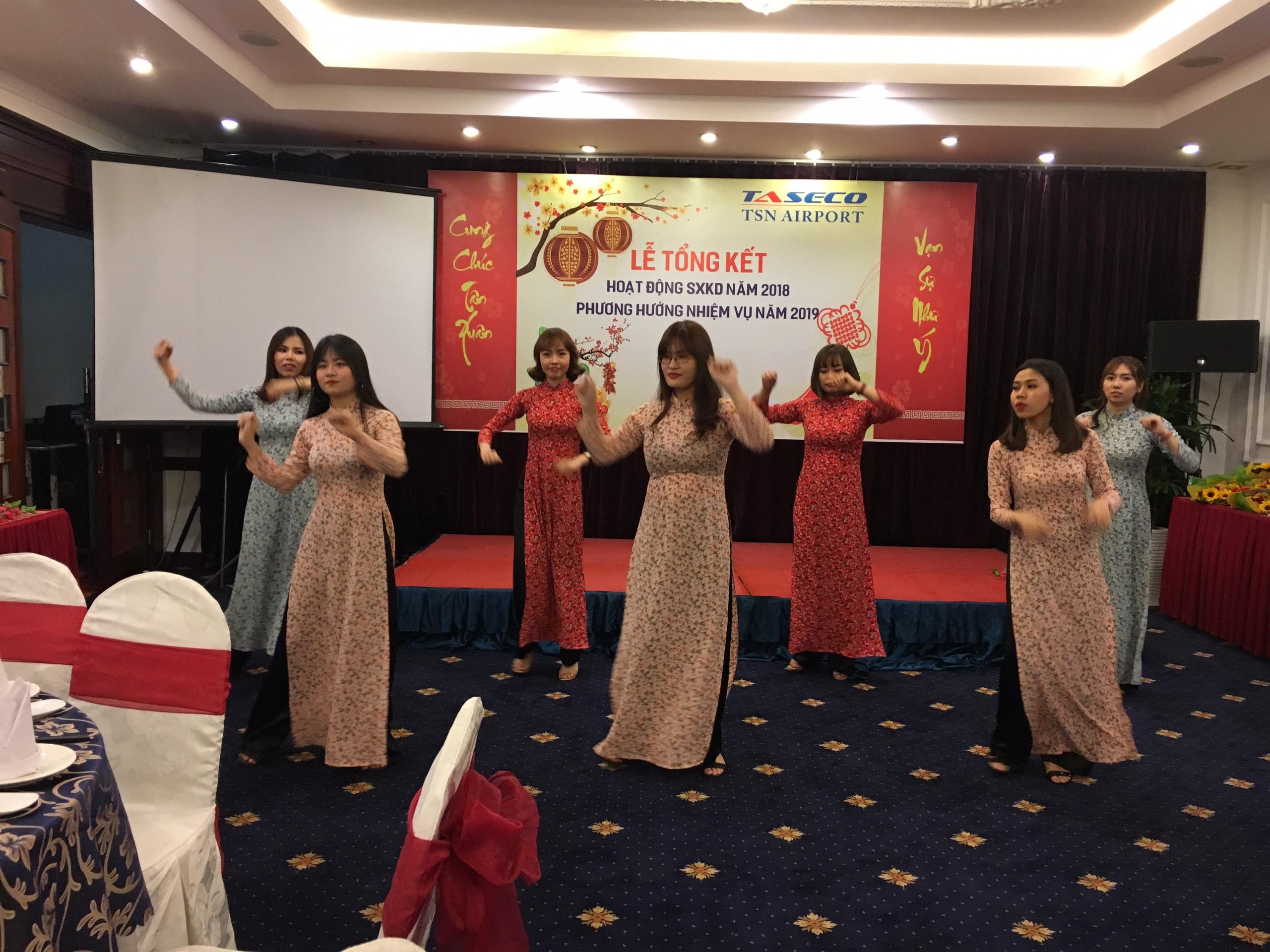 Tết mục văn nghệ tổng kết cuối năm Taseco Sài Gòn